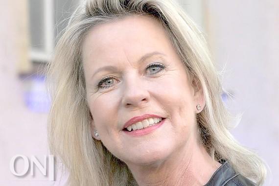 Anja Schüte will in zwei Ländern heiraten - Ostfriesische